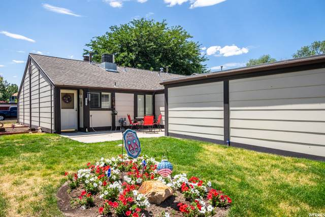 2561 Farthingale Ln S, Taylorsville, UT 84129 (#1688988) :: Doxey Real Estate Group