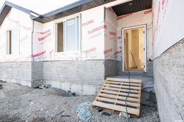 5444 N Meadow Lark Ln, Lehi, UT 84043 (#1690483) :: Exit Realty Success