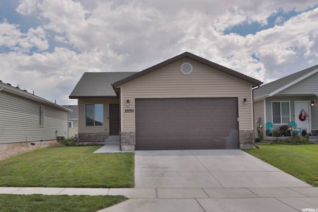 1656 E Slow Water Way N, Eagle Mountain, UT 84005 (#1690543) :: Doxey Real Estate Group