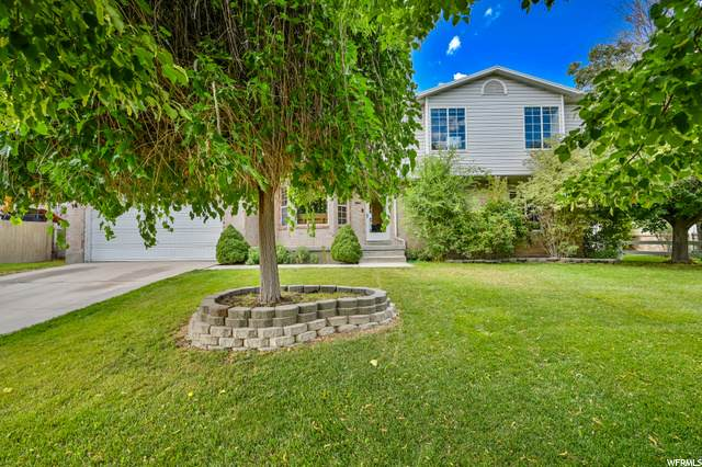 2652 W Oquirrh View Dr S, Riverton, UT 84065 (#1690679) :: The Perry Group