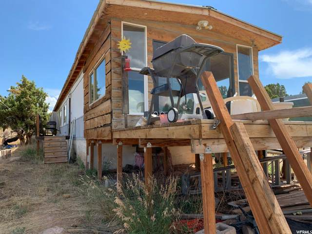 42655 W 6750 S, Fruitland, UT 84027 (#1690685) :: Colemere Realty Associates
