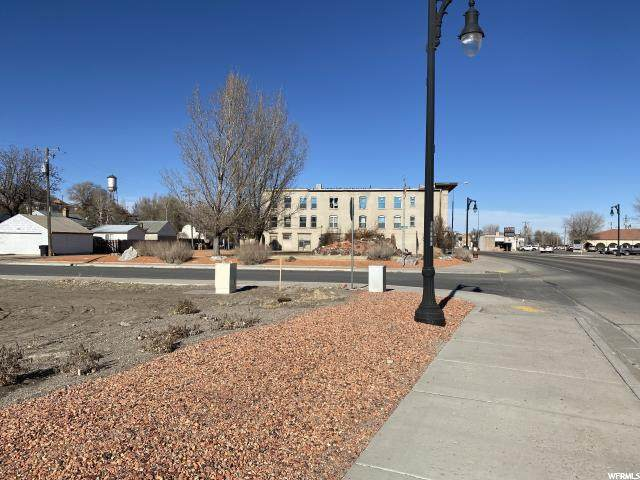 634 S Main, Milford, UT 84751 (#1691956) :: Doxey Real Estate Group