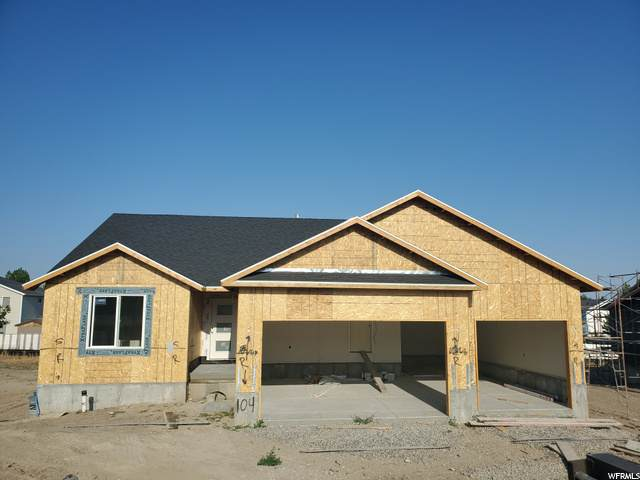 1135 N 640 E, Tooele, UT 84074 (#1692107) :: Powder Mountain Realty