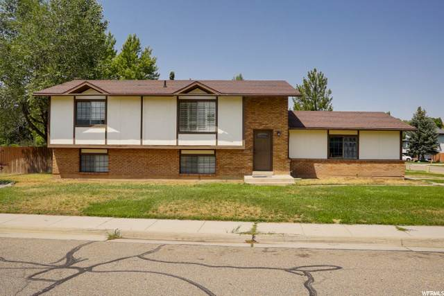 5689 Redwood Ln, South Ogden, UT 84403 (#1692325) :: Exit Realty Success