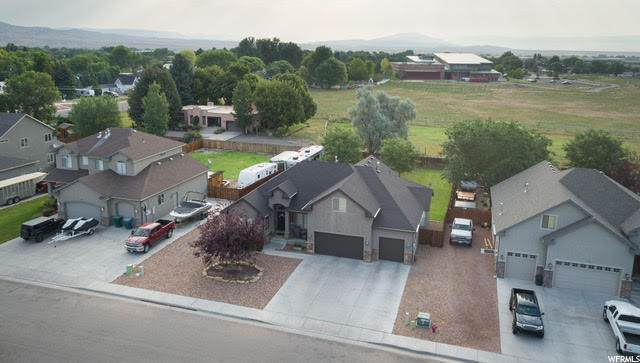 559 S 300 W, Vernal, UT 84078 (#1692375) :: Big Key Real Estate