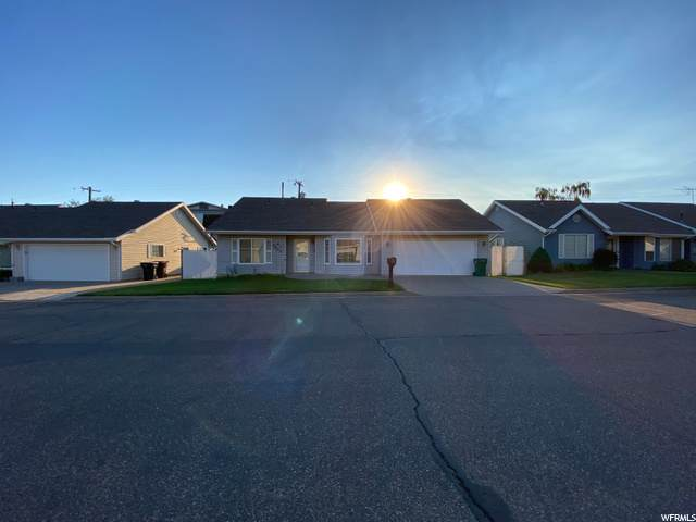 5573 S 2150 W, Roy, UT 84067 (#1692935) :: Doxey Real Estate Group