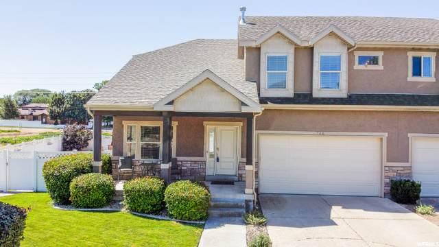 744 E Woodleaf Way, Sandy, UT 84094 (MLS #1693096) :: Lookout Real Estate Group