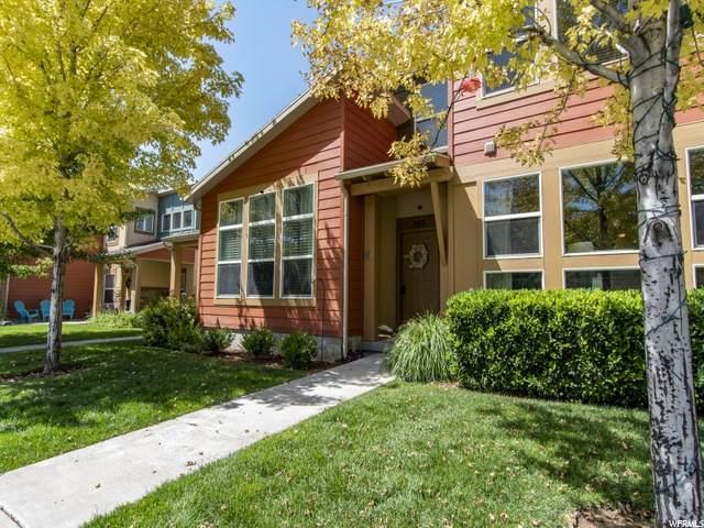 1105 N Stillwater Dr, Farmington, UT 84025 (MLS #1693614) :: Lawson Real Estate Team - Engel & Völkers