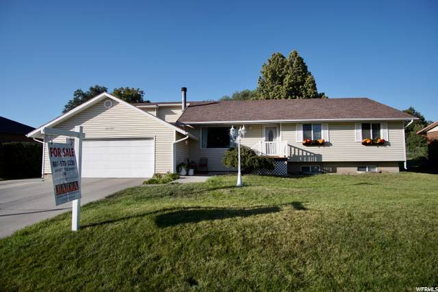 10289 Weeping Willow Dr S, Sandy, UT 84070 (#1694881) :: goBE Realty