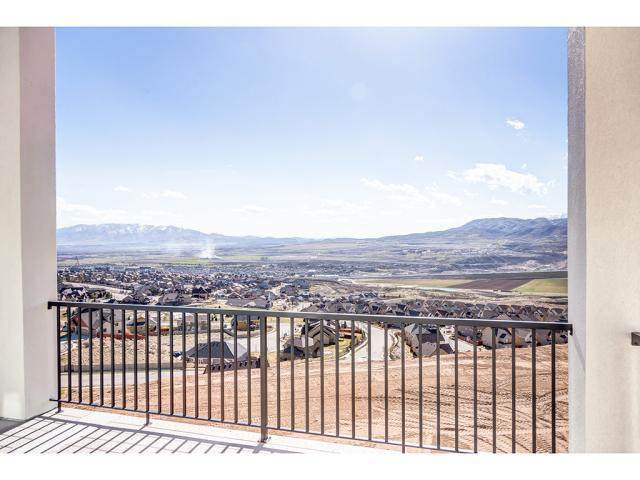 5371 N Meadow Lark Ln, Lehi, UT 84043 (MLS #1695067) :: Jeremy Back Real Estate Team