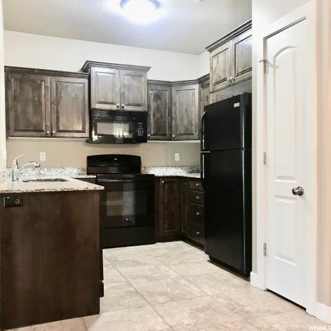 308 S 740 W #204, Pleasant Grove, UT 84062 (#1695206) :: goBE Realty
