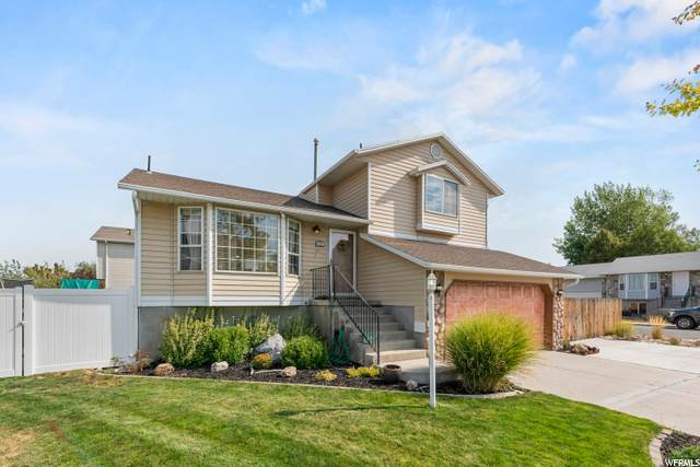 3494 W El Cabrio S, Salt Lake City, UT 84119 (#1696260) :: McKay Realty