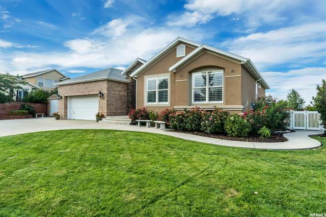 5236 S Aspen View Dr, West Jordan, UT 84081 (#1697356) :: Colemere Realty Associates