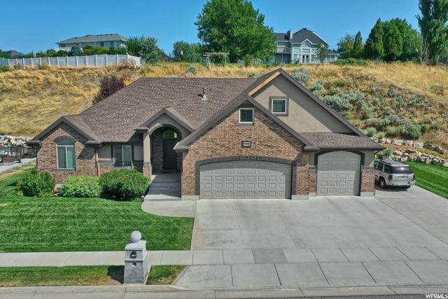 266 W 5700 S, Washington Terrace, UT 84405 (#1697810) :: Doxey Real Estate Group