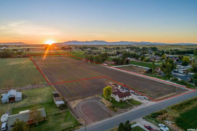 4965 S 6300 W, Hooper, UT 84315 (#1698719) :: Doxey Real Estate Group
