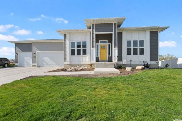 63 W 2300 S, Kaysville, UT 84037 (#1698931) :: Colemere Realty Associates