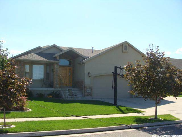 1203 W Lazy River Dr, Murray, UT 84123 (#1699296) :: Colemere Realty Associates