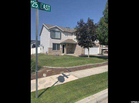 1892 S 725 E, Clearfield, UT 84015 (#1699467) :: goBE Realty