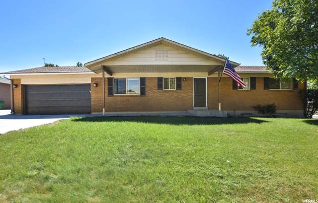172 E Shelly Louise Dr, Sandy, UT 84070 (#1699603) :: goBE Realty