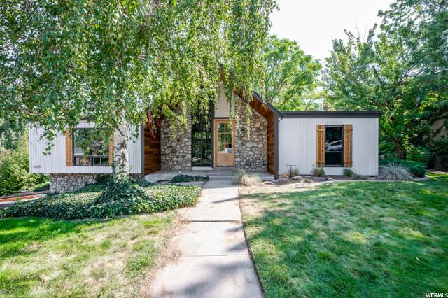 8345 S Escalante Dr, Sandy, UT 84093 (#1699791) :: Bustos Real Estate | Keller Williams Utah Realtors