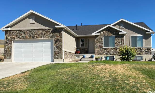 2724 W Valley View Dr, Tremonton, UT 84337 (#1699932) :: McKay Realty