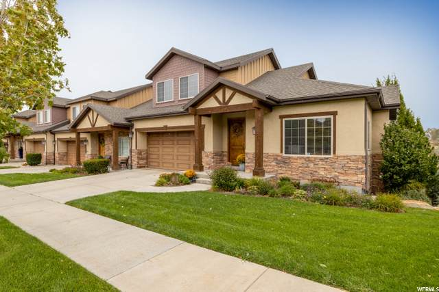 1471 E Chateau Ridge Way, Sandy, UT 84092 (#1700122) :: Zippro Team