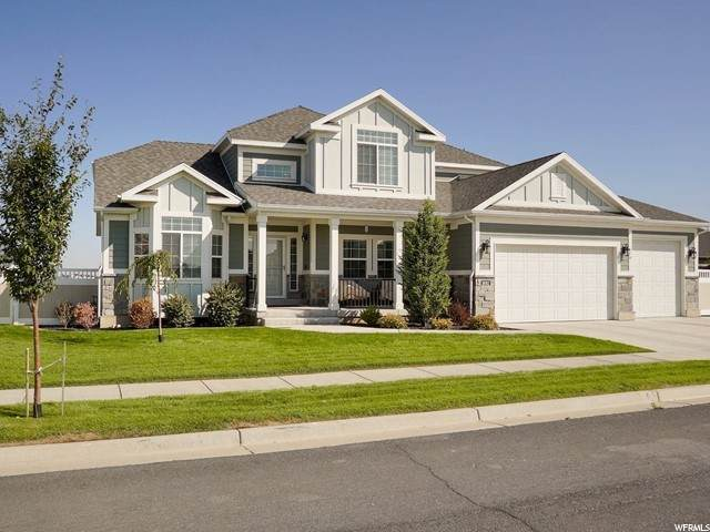 3692 W Hooded Crane Dr, Clinton, UT 84015 (#1701157) :: Doxey Real Estate Group
