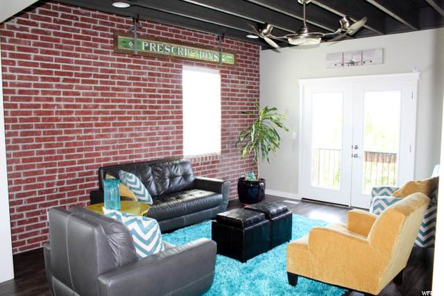 466 W Amber Glow Ln, Draper, UT 84020 (MLS #1701361) :: Lookout Real Estate Group