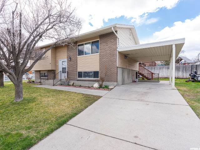 7871 W Sharon Dr, Magna, UT 84044 (#1701478) :: Big Key Real Estate