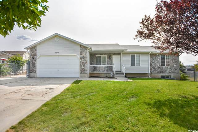1222 E 900 N, Tooele, UT 84074 (#1701746) :: Doxey Real Estate Group