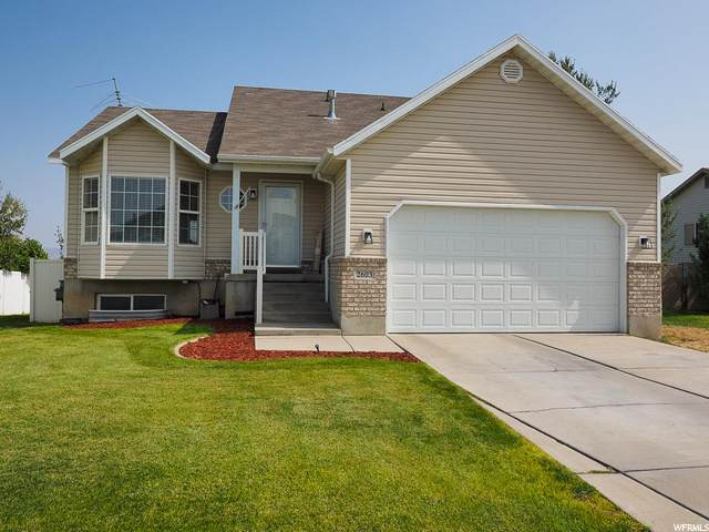 2603 S Thoreau Dr, Magna, UT 84044 (#1701827) :: Doxey Real Estate Group