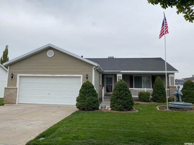 5067 S 4000 W, Roy, UT 84067 (#1702556) :: Colemere Realty Associates