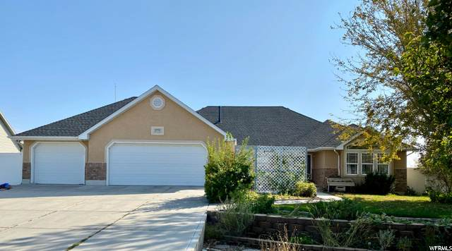2773 W 3500 N, Farr West, UT 84404 (#1702635) :: Big Key Real Estate