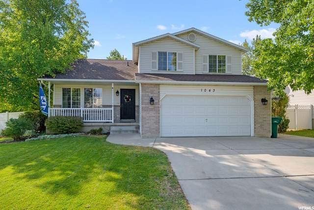1043 N 2525 W, Layton, UT 84041 (#1702667) :: Big Key Real Estate