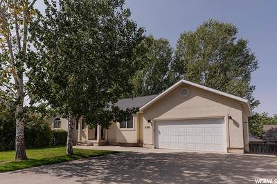 359 S 900 EAST, Smithfield, UT 84335 (#1702732) :: Doxey Real Estate Group
