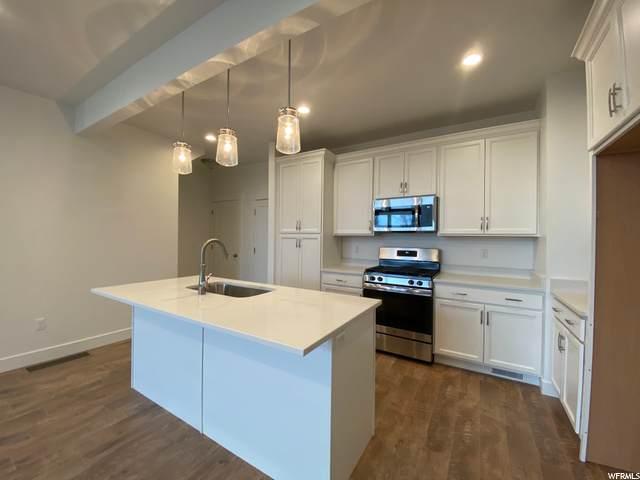 939 N 800 E #214, Layton, UT 84041 (MLS #1702749) :: Lookout Real Estate Group
