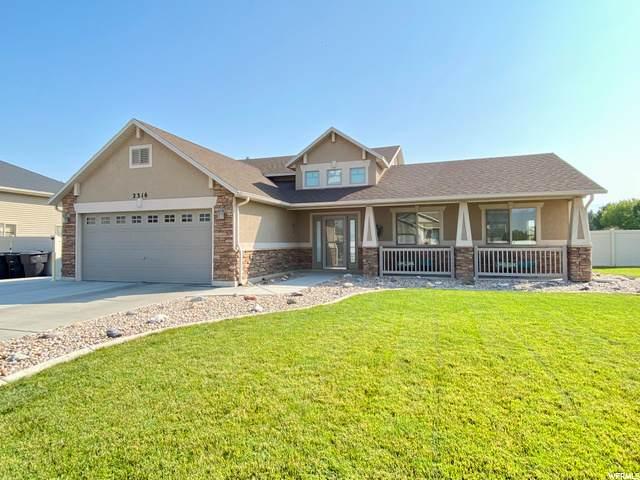 2316 N 2710 W, Clinton, UT 84015 (#1702845) :: Gurr Real Estate