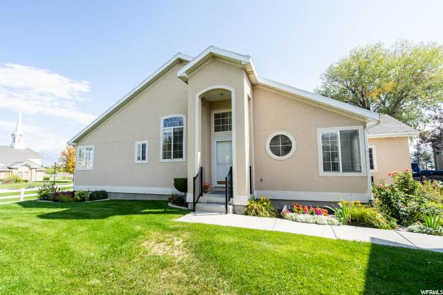 416 E Marina Cir, Saratoga Springs, UT 84045 (MLS #1703104) :: Lookout Real Estate Group