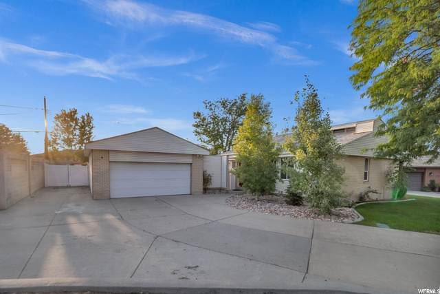 4346 S Hawarden Dr W, West Valley City, UT 84119 (#1703238) :: Belknap Team