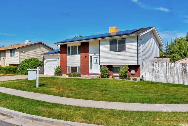 5454 W Lockwood Dr, West Valley City, UT 84120 (#1703384) :: Red Sign Team