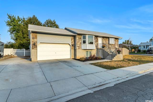 2971 S Clearbrook Dr, West Valley City, UT 84119 (#1703448) :: McKay Realty