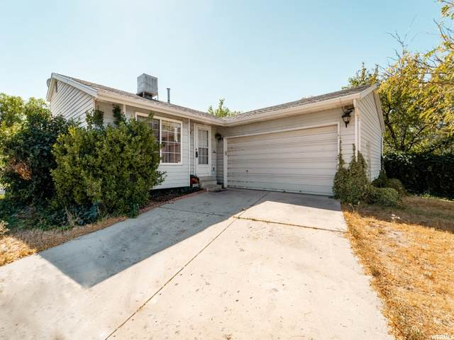 4647 W Luxor Park, West Valley City, UT 84120 (#1703520) :: The Perry Group