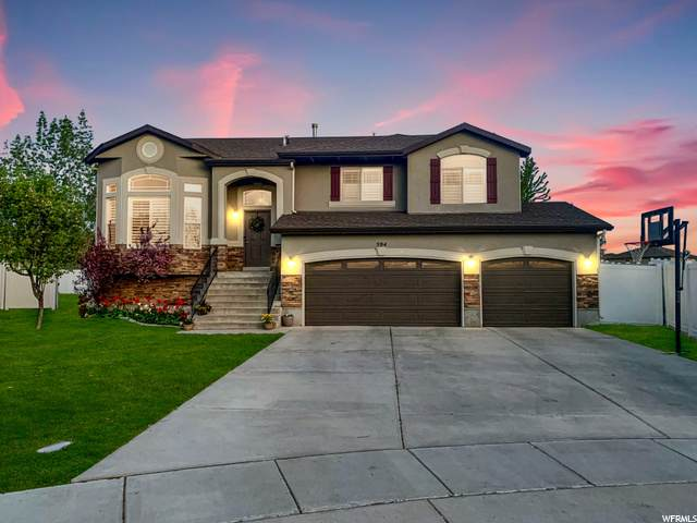 594 N Banbury Cir, North Salt Lake, UT 84054 (#1703726) :: Belknap Team