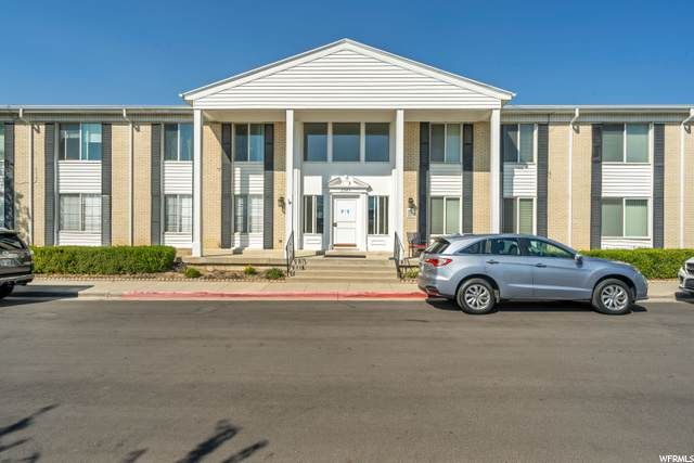 2283 E Tara Ln #4, Salt Lake City, UT 84117 (MLS #1703798) :: Lawson Real Estate Team - Engel & Völkers