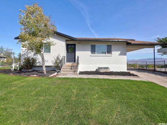 5246 W Crockett Dr S, Salt Lake City, UT 84118 (#1704234) :: Doxey Real Estate Group