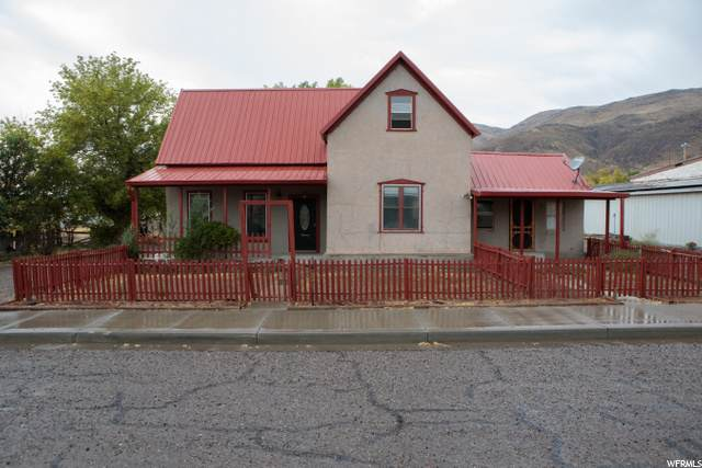 70 S Center W, Elsinore, UT 84724 (#1704260) :: The Perry Group