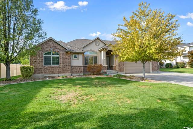860 Chester Ln, Kaysville, UT 84037 (#1704401) :: Doxey Real Estate Group