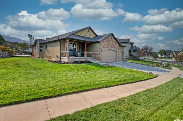 2561 S Maverick Rd, Saratoga Springs, UT 84045 (#1704575) :: The Perry Group