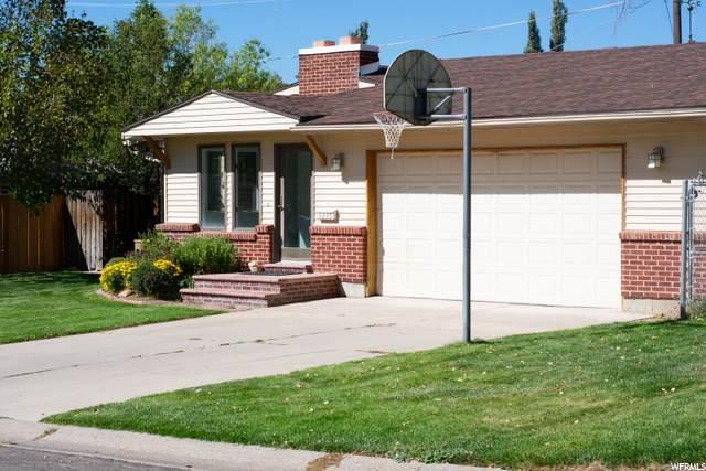 3235 E Bonview Dr S, Salt Lake City, UT 84109 (#1704614) :: The Perry Group