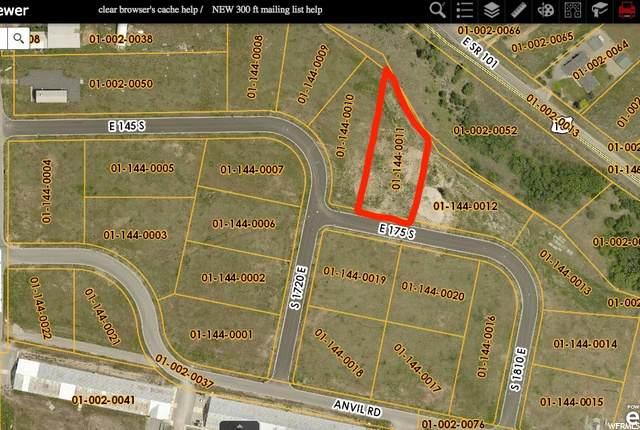 1755 E 175 S #11, Hyrum, UT 84319 (#1704832) :: Big Key Real Estate